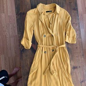 Max Studio mustard trench coat